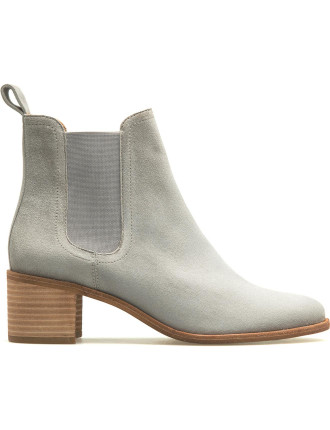 Tegan Gusset Boot