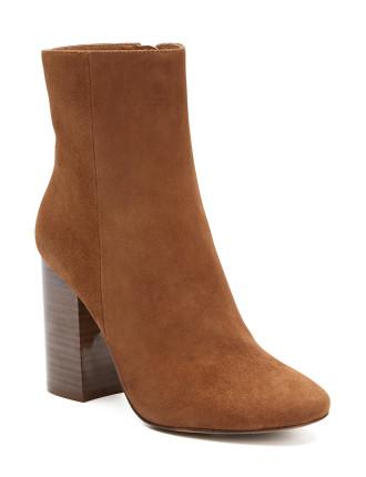 Francesca Boots