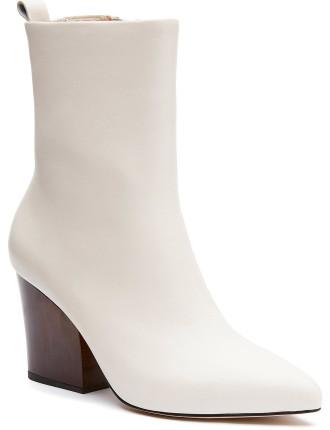 Polly Boot