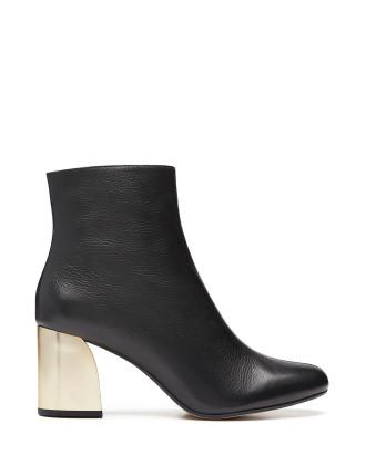 Kelsey Boot