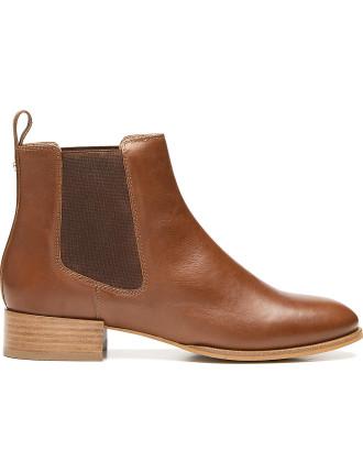 Sasha Flat Boot
