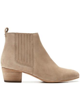 Sofia Boot