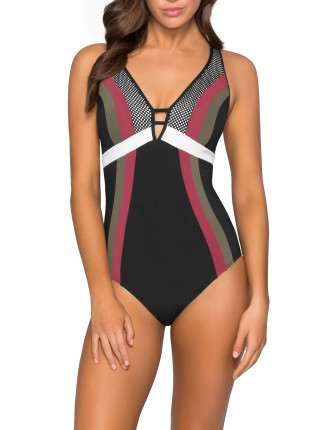 Ultra Luxe D/DD Plunge One Piece
