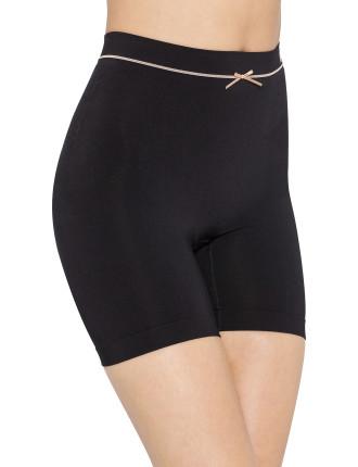 Shape Sensation Sleek Short