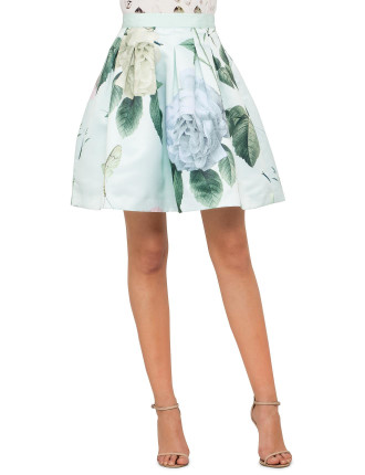 Maari Distinguishing Rose Print Skirt