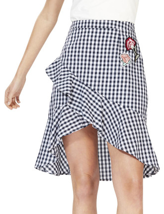Local Gingham Skirt With Patches