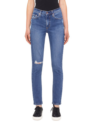 True Jean With Knee Hole