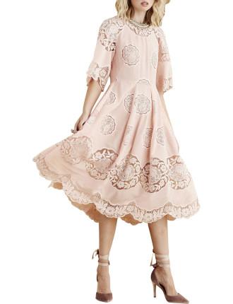 Shake Your Beauty Dress