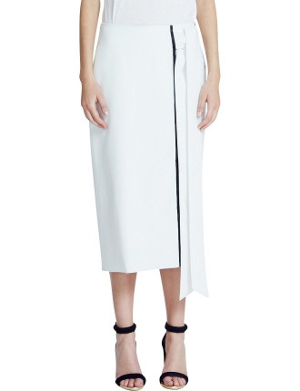 fluid suiting wrap column skirt