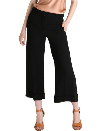Black Crp Winged Arabesque Crop Pant