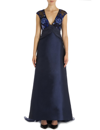 Royal Lace Catherine Gown