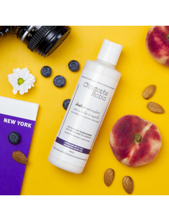Antioxidant cleansing milk with 4 oils and blueberry 250ml