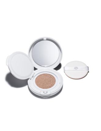 Synchro Skin White Glow Cushion Compact