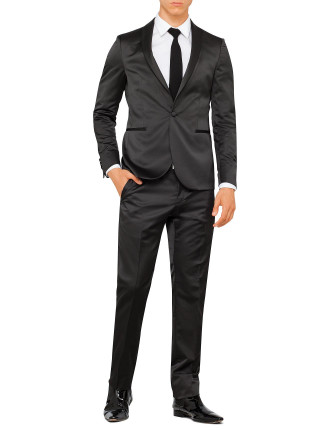 P3908FE Wool/Polyester Sateen Shawl Tuxedo