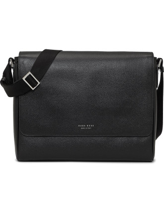 SIGNATURE MESSENGER WITH FLAP