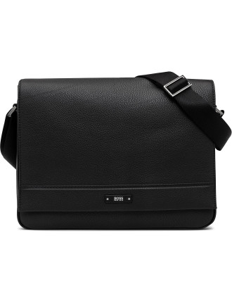 Traveller_Mess Flap Leather Bag