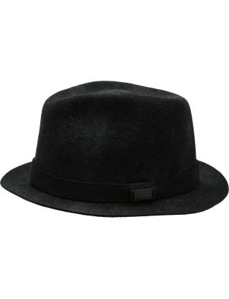 MAN FELT HAT