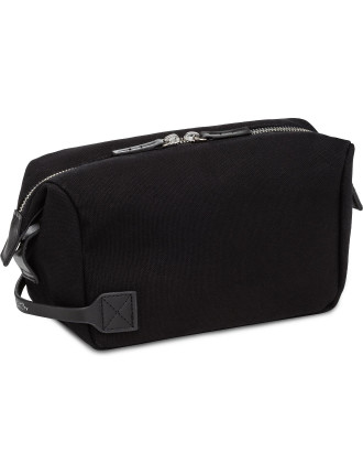 Saturdays NYC Chaz Dopp Kit