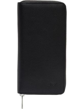 Q7 pebbled leather zip around wallet