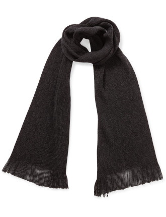 KNITTED SELF FRINGE SCARF