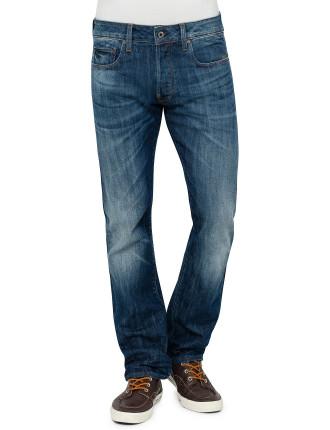 Attacc Straight Jean