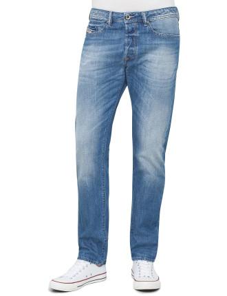Buster Slim Jean