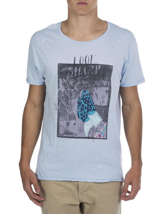 Crew Neck Look Sharp Chill Artwork T-Shirt