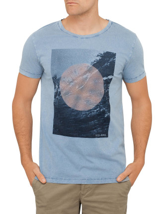 Circle Landscape Graphic Tee