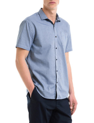 Short Sleeve Houndstooth Shirt