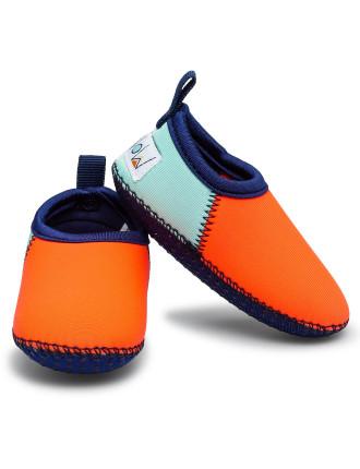 Minnow Coral Beach Shoes