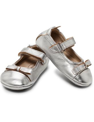 Sista Bow Silver Shoe