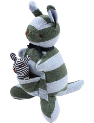 Finn Kangaroo W Joey