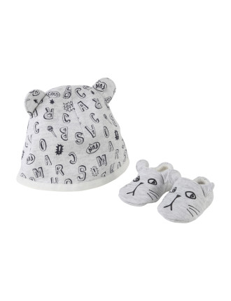 PULL ON HAT+SLIPPERS SET (1-6 Months)