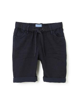 Slouch Short