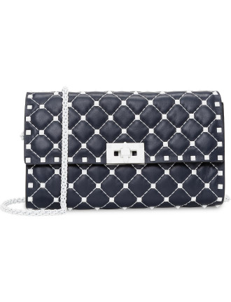 FREE ROCKSTUD CLUTCH MATELASSE WHITE STUDS FLAP FRONT CHAIN