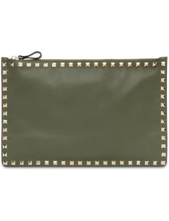 ROCKSTUD LARGE FLAT POUCH SMOOTH LTHR