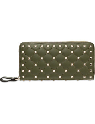 ROCKSTUD SPIKE ZIP AROUND WALLET MATELASSE