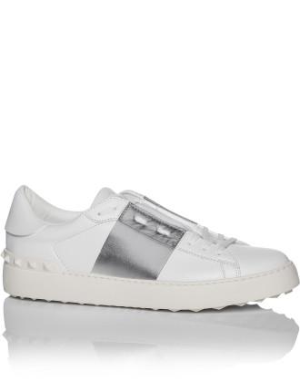 White Sneaker W/Band (Silver)