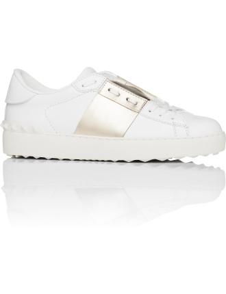 Core Open Sneaker