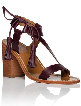 Scallop Tie Heel