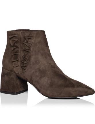 Sloan Iiruffle Boot