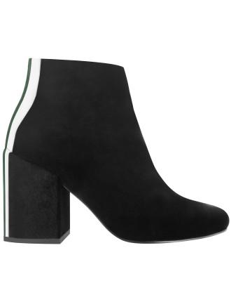 Jensen IV Boot