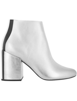 Jensen V Boot