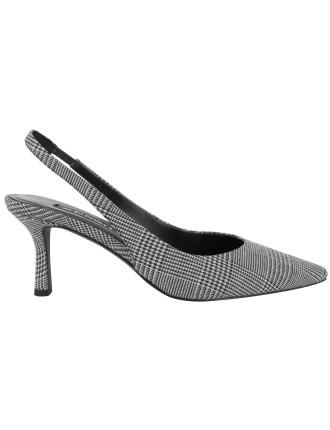 Quale II Court Shoe