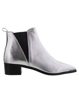 Jazz Boot