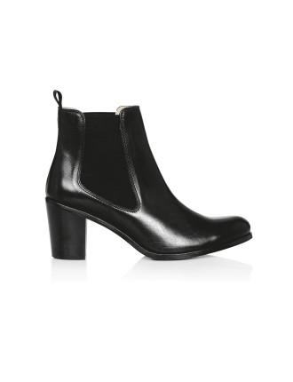 Susan Boots