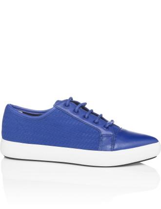 Tracie Sneaker