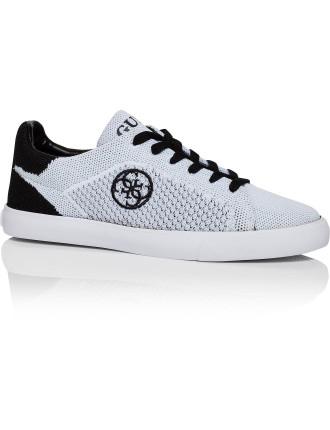 Makila-A Sneaker