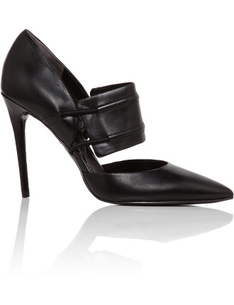 Water - Close Top Pump With Buckle Strap