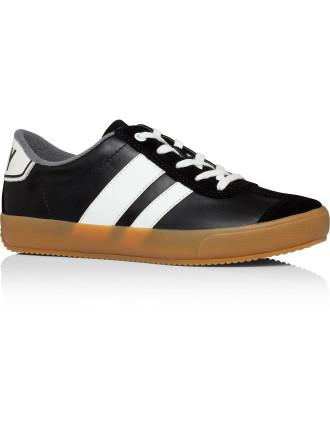 Kassie Sneaker